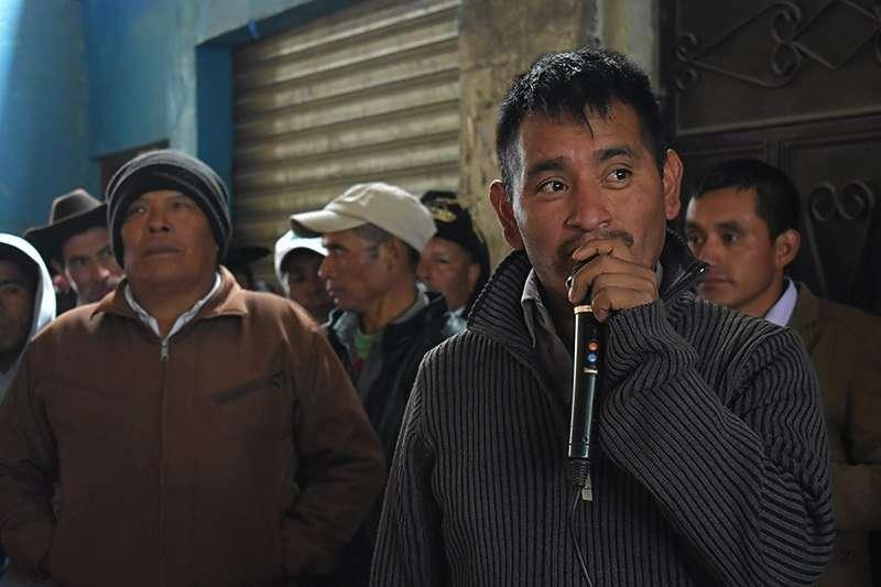 Julio Gómez Lucas autoridad Maya Chuj de San Mateo Ixtatán.