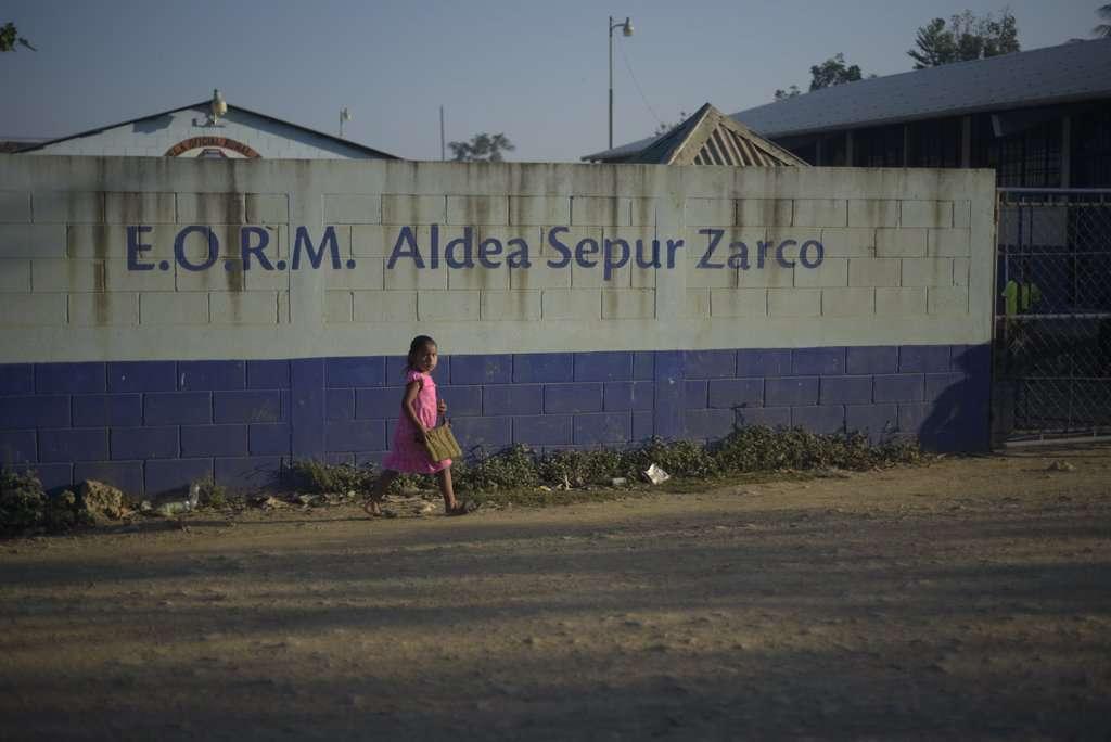Escuela primaria de Sepur Zarco.