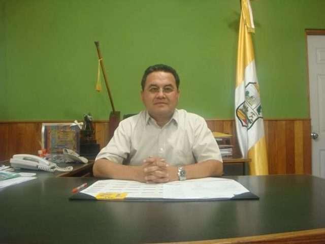 Alcalde Víctor Figueroa