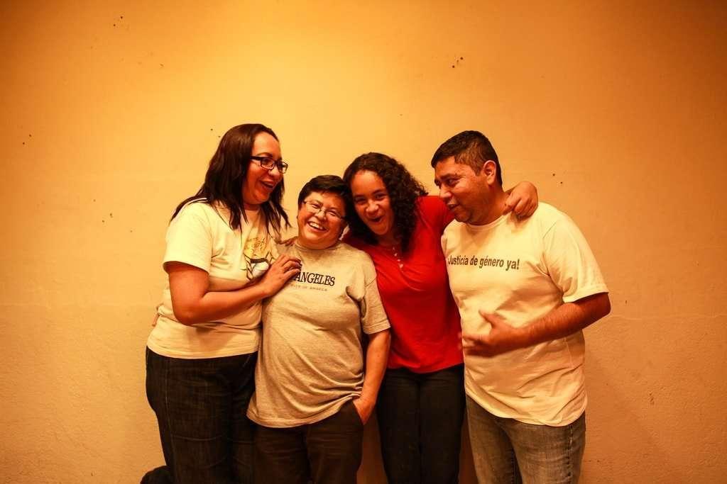 Claudia, Amarilis, Carmen y Wilber comparten su historia para demostrar que en una familia diversa también puede reinar el amor.
