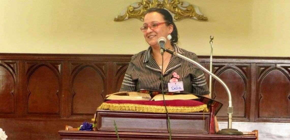 Delia Leal pastora y defensora de derechos humanos está detenida injustamente en Cobán