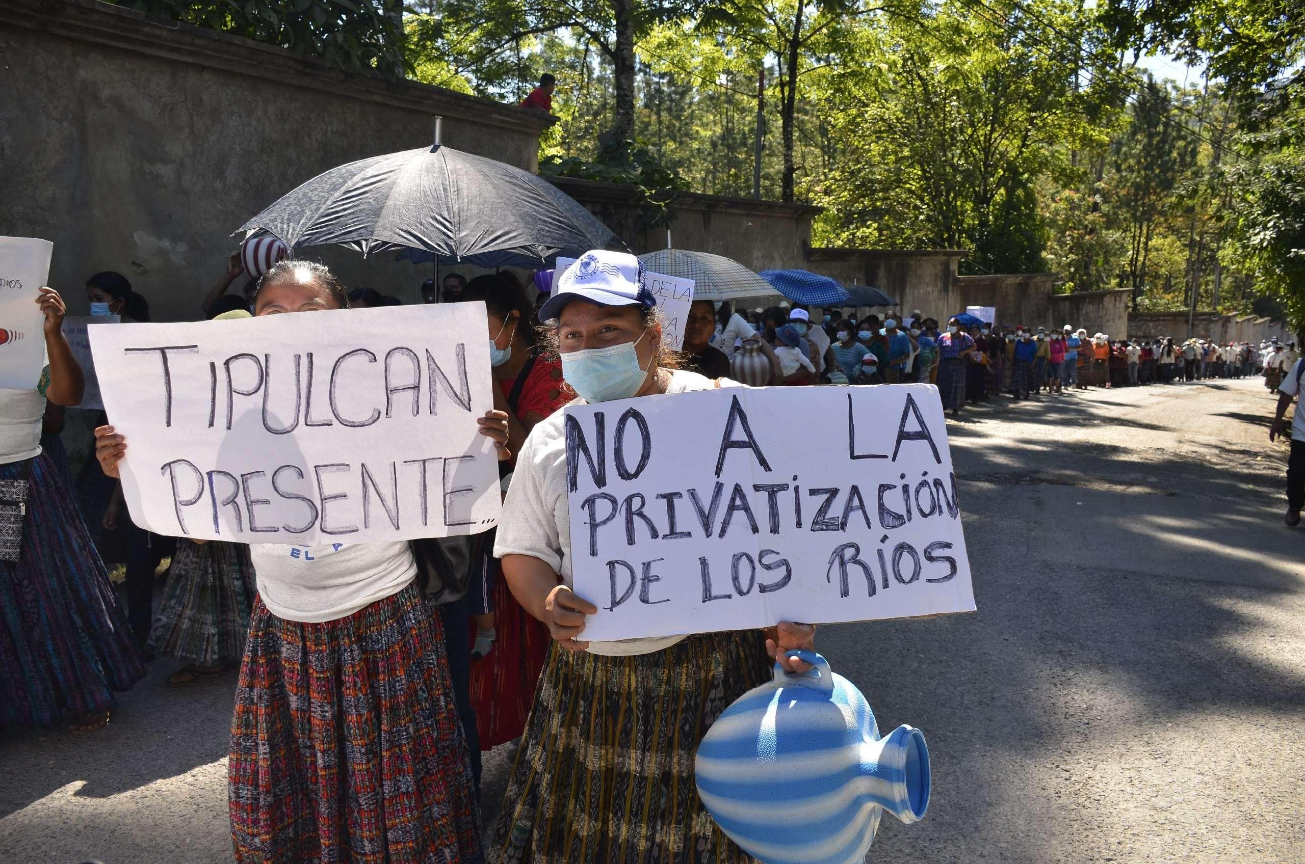 Pobladores exigen acuerdo municipal para la protección del agua en San Pedro Carchá