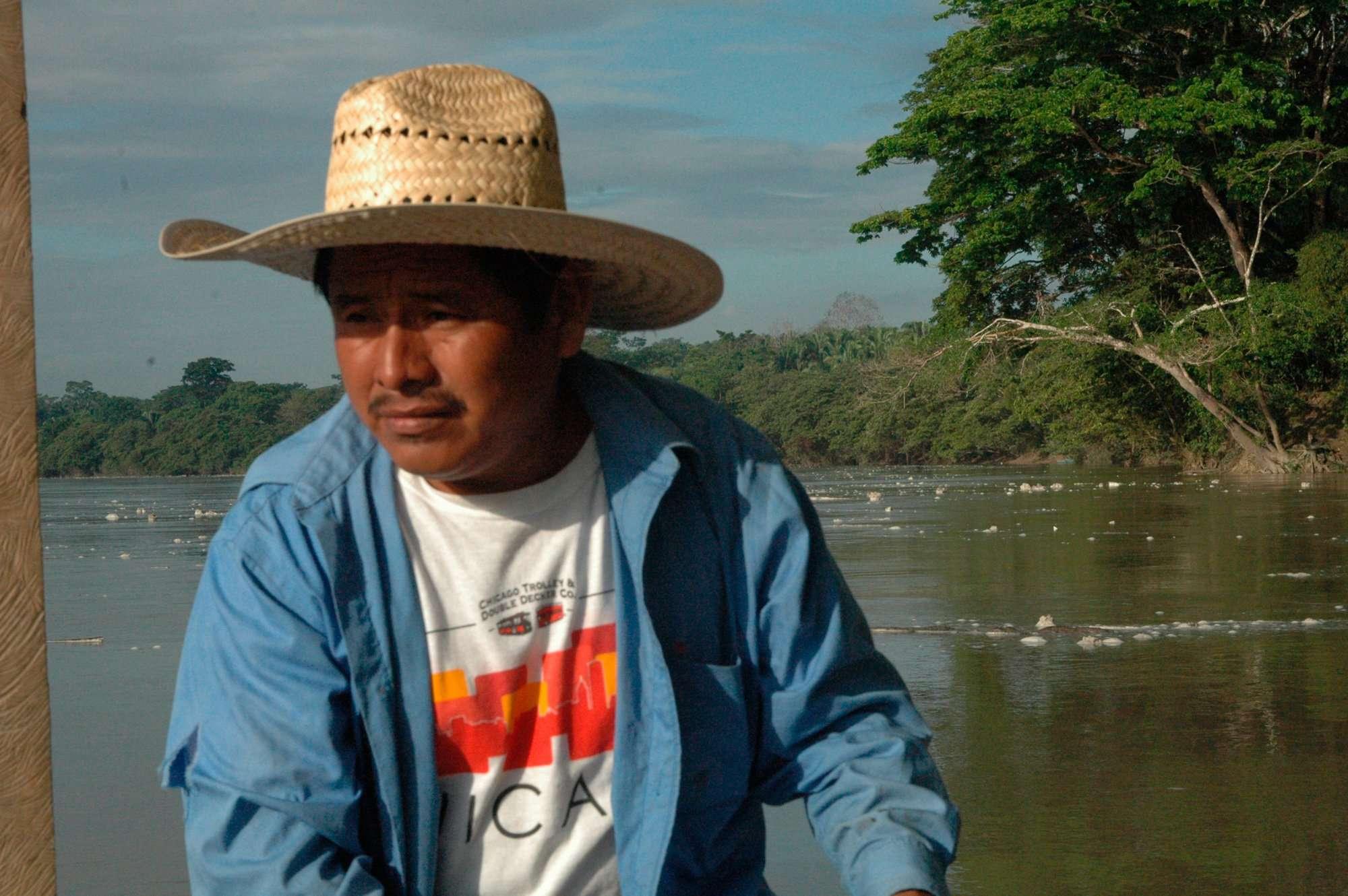Río Salinas, Sayaxché Petén. Comunidad Mollejón. Foto Nelton Rivera